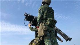 台海軍情》DMS雙聯裝刺針飛彈戰備演練 馬防部確保空防安全(圖/翻攝自中華民國陸軍臉書)