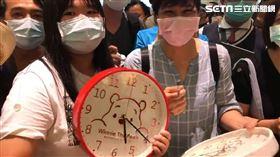 武漢肺炎,陳時中,台南,奇美博物館,時鐘,簽名,布萊恩紅茶 記者花芸曦攝影