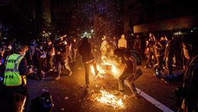 美國,非裔男,黑人,白人,抗議,示威 圖/美聯社/達志影像