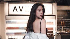 歐陽妮妮/IG