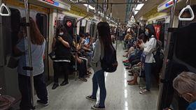 捷運車廂(記者陳弋攝影)