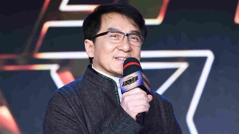 成龍沒錢了?爆北京4.3億豪宅法拍
