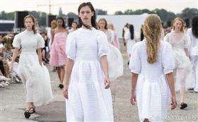 丹麥疫情趨緩「哥本哈根時裝週」8月照常舉辦。(圖/翻攝自微博)