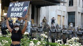 反種族歧視  民眾白宮前示威