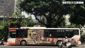 西門町派出所發生公車與騎士行車糾紛。(圖/記者楊忠翰攝影)