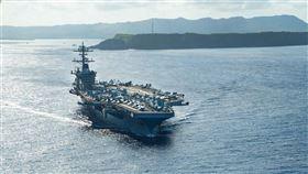 美國官員透露,海軍調查航空母艦「羅斯福號」400名海軍官兵的血清檢測發現,約有60%的人對病毒有抗體。(圖/翻攝自facebook.com/USSTheodoreRoosevelt)