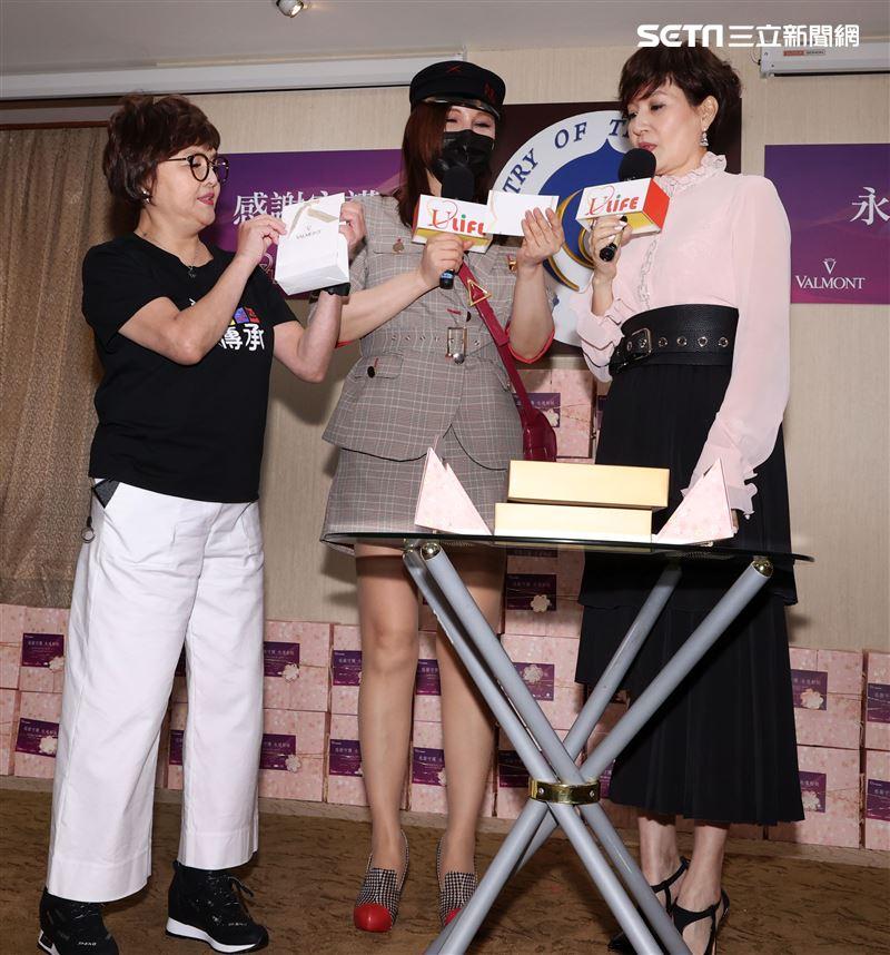 台灣優質生命協會理事長方芳芳。(記者邱榮吉/攝影)