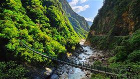 台灣旅客國內住宿收藏排名第三為花蓮,花蓮獨特的戶外自然景觀、慢活步調也都頗受歡迎。(圖/Booking.com提供)