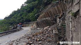 太平山國家森林遊樂區內的鳩之澤溫泉區邊坡崩塌(圖/林務局羅東林區管理處提供)