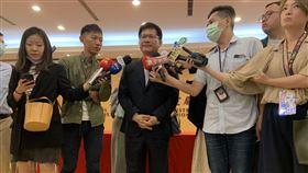 交通部長林佳龍表示,人生應該要做到這3件事。(圖/記者陳宜加攝影)