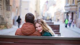 ▲交往中的男女朋友去見雙方家長,心中總有很多祕密是不想對人說的!(示意圖/翻攝自pixabay)