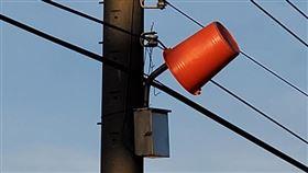 路燈,水桶,農作物,農民,光害(翻攝自 爆怨公社)