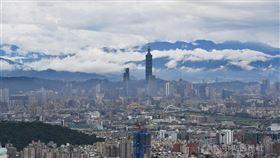 亞洲開發銀行(ADB)18日發表報告,將台灣經濟成長預測從1.8%調降到0.8%,在亞洲四小龍中表現最佳。(中央社檔案照片)