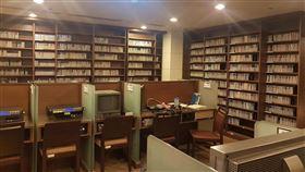兩廳院表演藝術圖書館閉館整修國家兩廳院表演藝術圖書館日前閉館,將進行為期6個月的空間及設備改裝工程,預計2021年1月重新對外開放。(國家兩廳院提供)中央社記者趙靜瑜傳真  109年6月20日