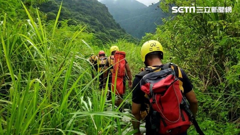 新北登山隊攀卓杜大山 1人墜落百米深谷…生死未卜搜救中