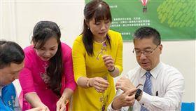 內政部長徐國勇21日到台東與新住民朋友一同歡慶端午。(圖/內政部提供)