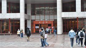 教部估大學學生數年減1.5萬 109學年跌破百萬人