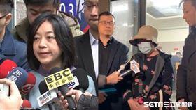 不滿大選結果…6旬婦恐嚇燈泡媽「牠還有兩個可砍」遭起訴 圖羅智強授權提供、資料照