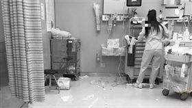 急診室暴力 醉男揮4拳攻擊消防員(圖/翻攝畫面)
