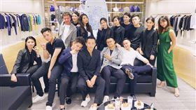 汪小菲邀請好友提前慶祝39歲生日。(圖/翻攝自汪小菲微博)