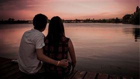 情侶,日本,夫妻(示意圖/翻攝自Pixabay)