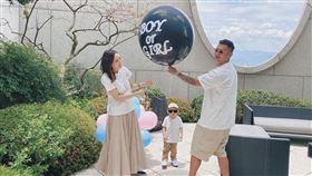 余文樂與愛妻王棠云舉辦準媽媽派對。(圖/翻攝自IG)