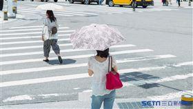 天氣/夏天/中暑/炎熱(記者陳弋攝影)