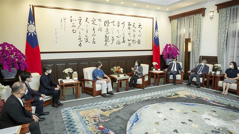 總統接見「第16屆中華民國傑出建築師獎得獎人」