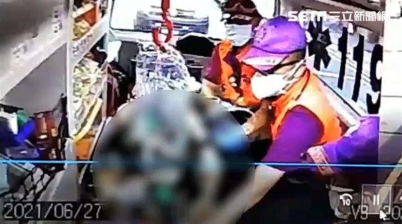 快訊/KTV飲酒5小時 正妹脫糞暴斃身亡…酒測值竟是3