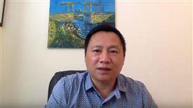 ▲王丹強調,「中美民間的關係,也因為抵制事件崩壞,更有可能導致西方大公司因為政治的因素遠離中國,對中國的經濟會是沉重的打擊」。(圖/翻攝自王丹學堂YouTube頻道)