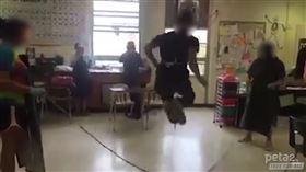 用「貓腸子」跳繩 網曝超扯校園醜聞 美國,校園醜聞,貓,腸子,跳繩 翻攝自抖音、YouTube