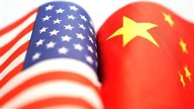 華爾街日報報導,美國總統川普10月宣布美中達成首階段貿易協議,但雙方談判團隊協商文本兩個月,實質進展有限。與此同時,兩國官員都堅稱談判沒硬性期限。(示意圖/中新社提供)