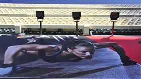 這照片獎金10萬!健身房辦攝影大賽冠軍揭曉 會員怒了(圖/翻攝自健身房臉書)
