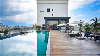 宜蘭超美無邊際泳池 還可遠眺龜山島