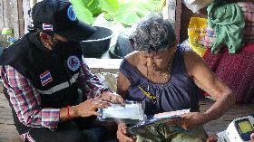泰國社區志工宣導防疫觀念