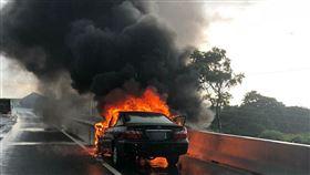 火燒車,國道,火球,新北,翻攝畫面