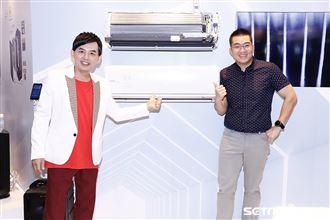 總統蔡英文及藝人黃子佼、小偵及網紅joeman出席2020台北家電展。(圖/記者林聖凱攝影)