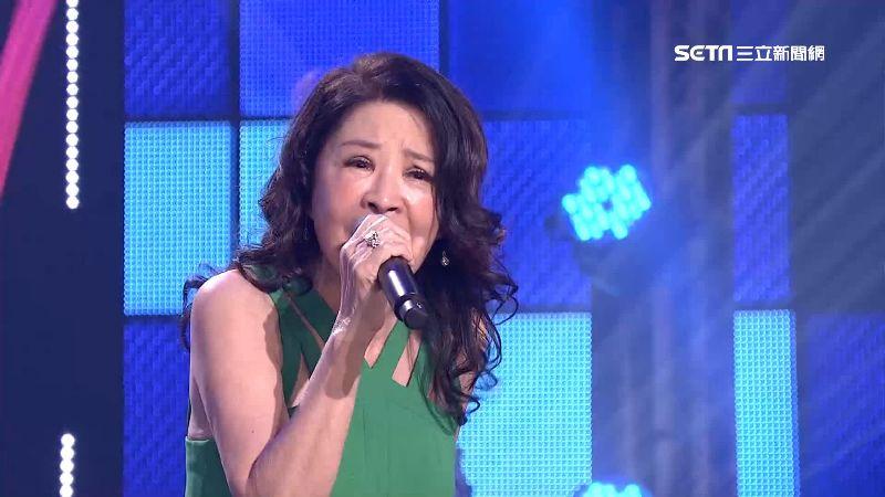 方瑞娥唱《黑玫瑰》 再現布袋戲風光