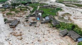 人民日報報導中國暴雨災情慘重,近2千萬人受災! 推特