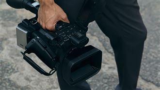 傳日籍攝影記者在香港遭警方逮捕