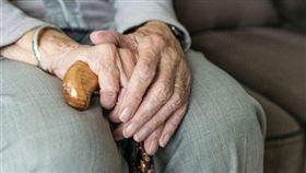 圖/翻攝自pixabay,阿嬤,老人,長輩