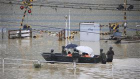 日本,九州,熊本,豪雨,SOS,災情(圖/美聯社/達志影像)