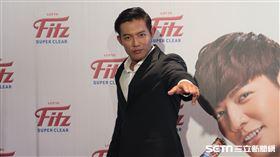 王維中宣布投入中職選秀。(圖/記者王怡翔攝影)