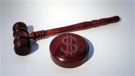 法官,法律,判決。(圖/翻攝自免費圖庫Pixabay)