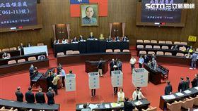 立法院進行國家通訊傳播委員會(NCC)人事同意權案投票。(圖/記者張之謙攝影)