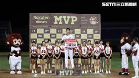 ▲樂天桃猿先發投手翁瑋均獲得單場MVP。(圖/記者劉彥池攝影)