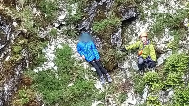 女單攻嘉明湖受困 消防救援也受傷