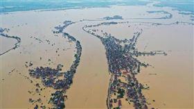 江西防汛應急響應提升至最高級,鄱陽湖恐爆發到洪水,(圖/翻攝自臉書)