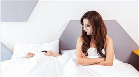 劈腿,外遇,出軌,上床,小三,吵架,夫妻(示意圖/翻攝自Pixabay)