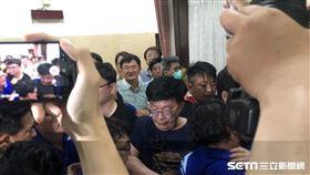 立法院爆發推擠衝突(圖/記者林恩如攝影)